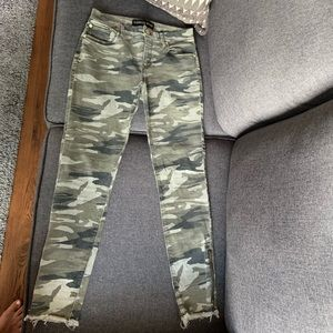 Ladies Express 4R camo mid rise ankle legging